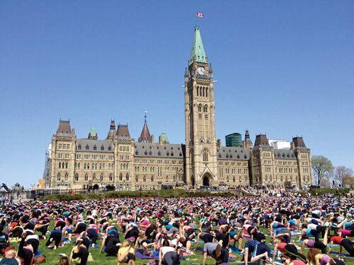 """加拿大特色的地方""""集体领导"""""""